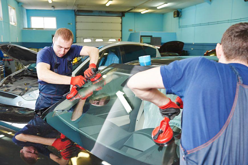 Auto Glass Repair Versus Replacement