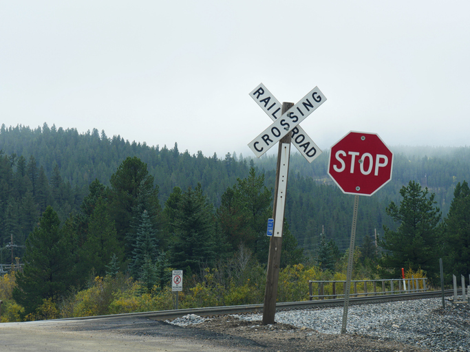 Staying Safe at Railroad Crossings
